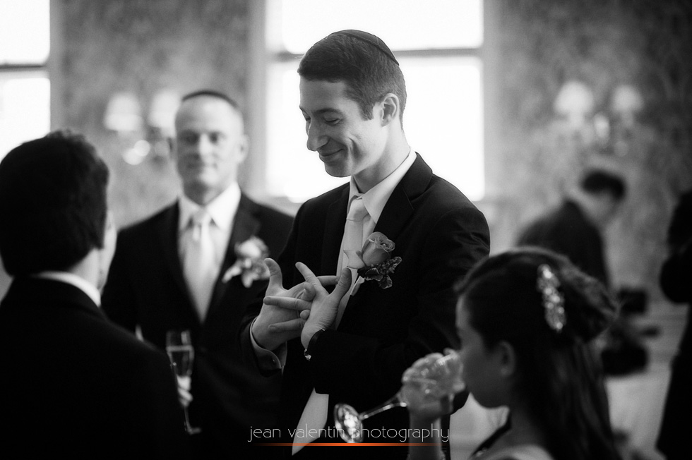 Nervous (anxious) groom before the ketubah signing